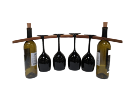 Wine glass holder with black glasses  e